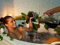 Trattamento al vino di Castello delle Regine